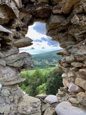 Colline Chabannes village abandonné Alpes de haute provence