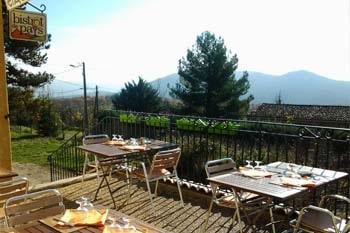 terrasse le fougassais montagne de lure bistrot de pays restaurant